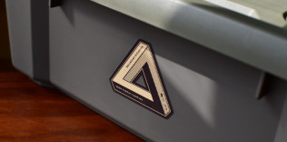 TRIANGLE OUTDOOR STICKER